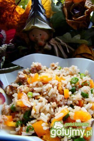 Sałatka ryżowo-tuńczykowa