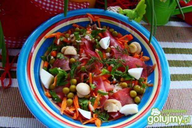 Sałatka ryżowo warzywna z szczawiem