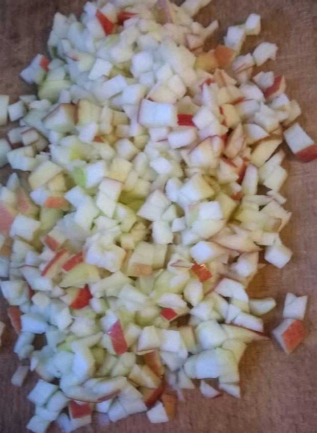 Sałatka śledziowa w sosie curry
