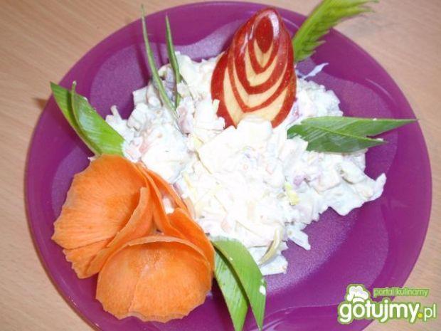 sałatka sledziowa w sosie musztardowym