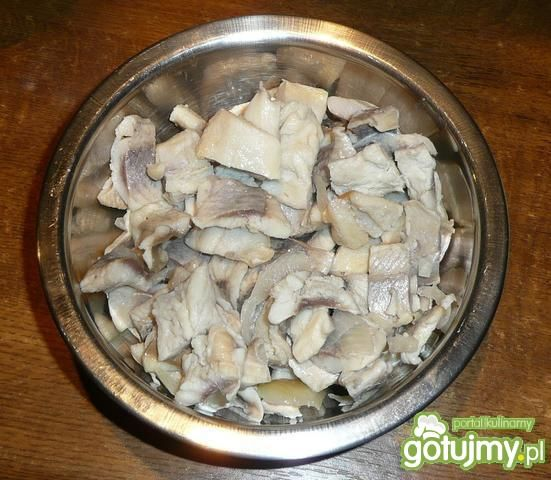 Sałatka warstwowa filetami śledziowymi