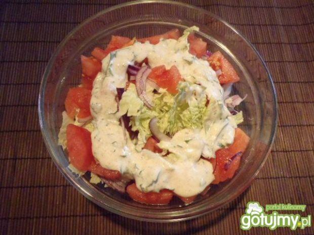 Sałatka warzywna z imbirem