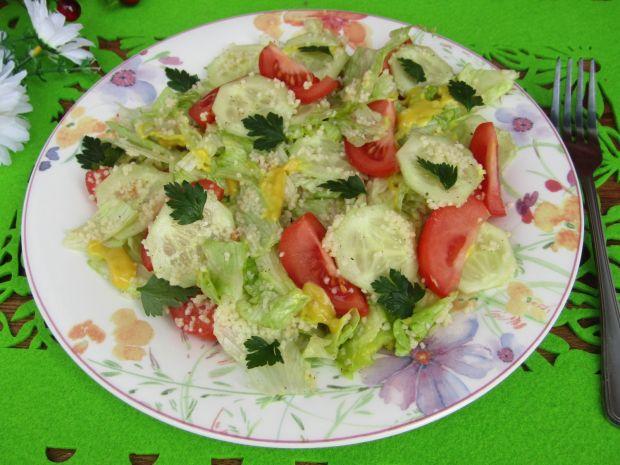 Sałatka warzywna z kaszą kuskus