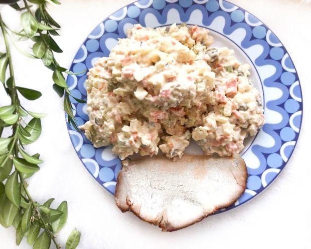 Sałatka warzywna z majonezem