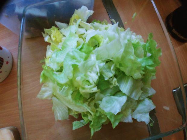 Sałatka warzywna z parmezanem