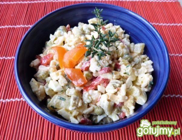 Sałatka warzywno-ryżowa z tymiankiem