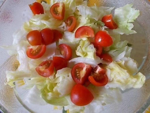 Sałatka według Kuchni Pięciu Przemian