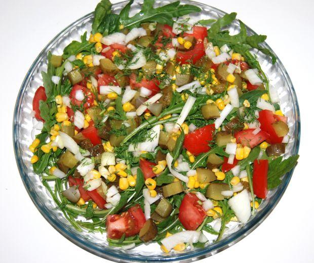Przepis Salatka Wiosenna Z Rukola Przepis Gotujmy Pl
