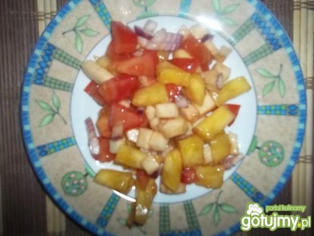 Sałatka z ananasem 8