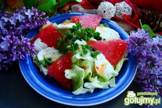 Sałatka z arbuzem i mozzarellą