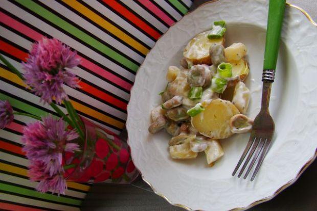 Sałatka z bobu i szparagów