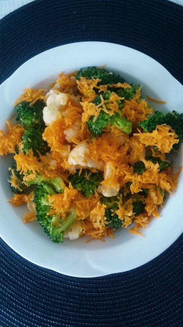 Sałatka z brokuła, kalafiora i marchewki