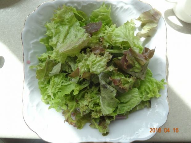Sałatka z buraczkami i gruszką