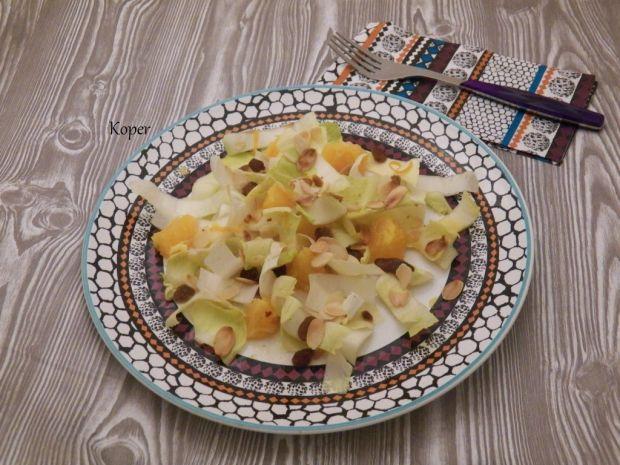 Sałatka z cykorią i pomarańczami