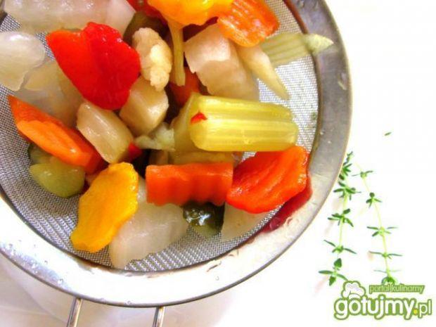 Sałatka z czarnym ryżem  i warzywami