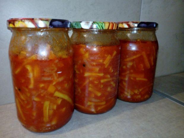 Sałatka z fasolki szparagowej do słoików