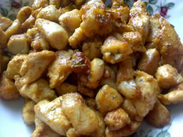 sałatka z gotowanej marchwi z kukurydzą
