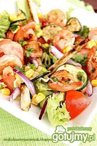 Sałatka z grillowanych warzyw i krewetek