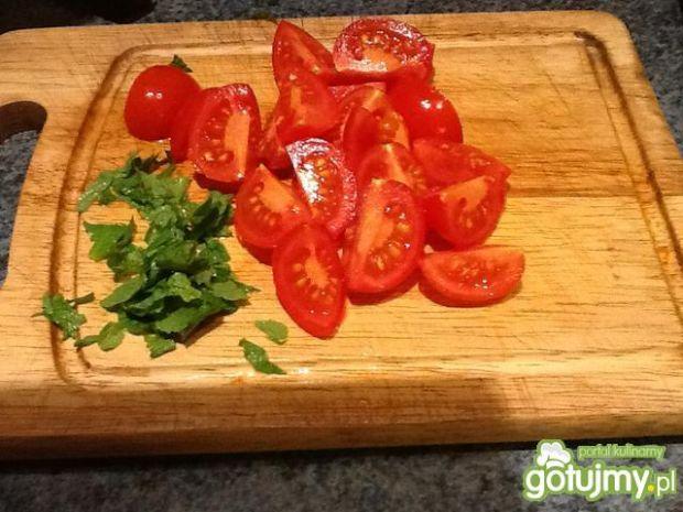 Sałatka z grillowanym bakłażanem 3
