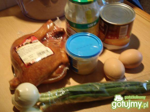 Sałatka z jajkami szpileczki
