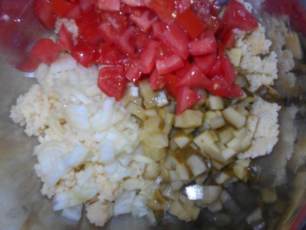 Sałatka z kaszą jaglaną