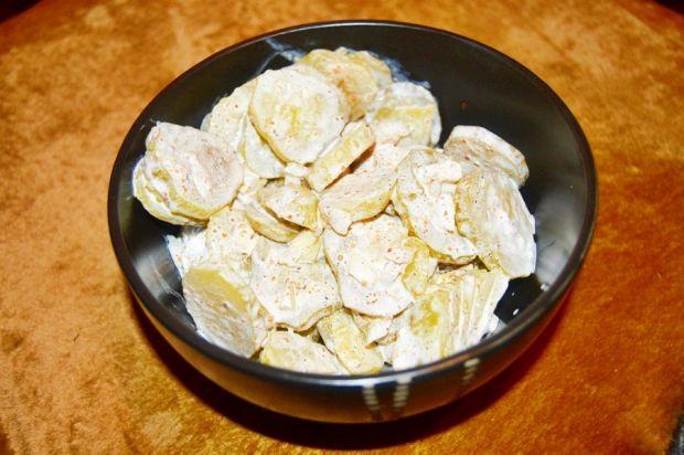 Sałatka z kiszonych ogórków