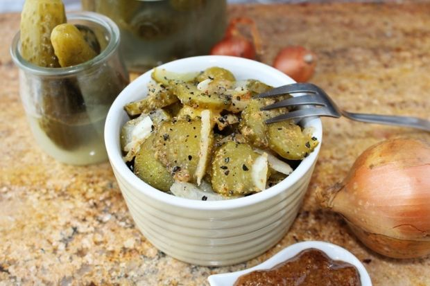 Sałatka z kiszonych ogórków z musztardą -do obiadu