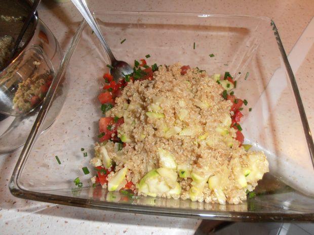 Sałatka z kosmosą ryżową