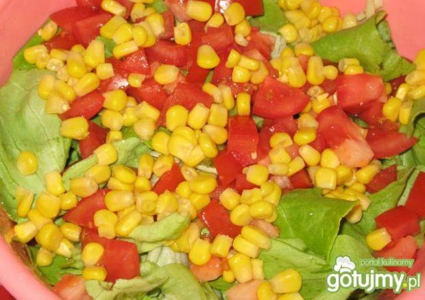 Sałatka z kukurydzą wg Justine27