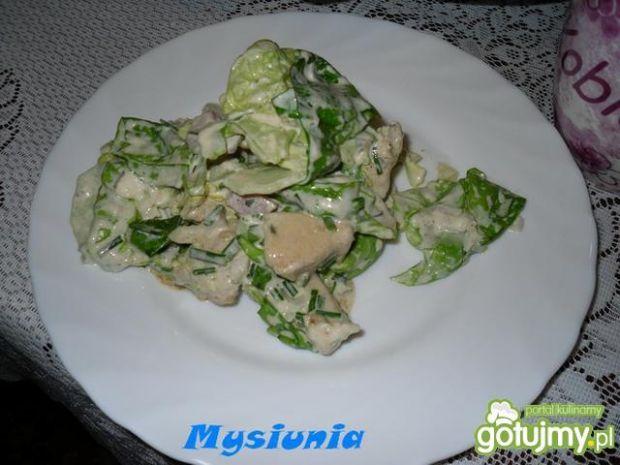 Sałatka z kurczaka na zielono
