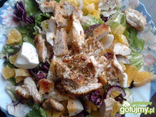 Sałatka z kurczakiem i pomarańczami 3