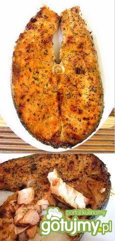 Sałatka z  łososia w fasolowym musie