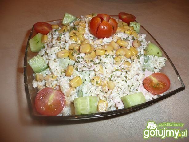 Sałatka z makaronem ryżowym 8
