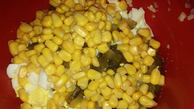 Sałatka z makreli i ryżu
