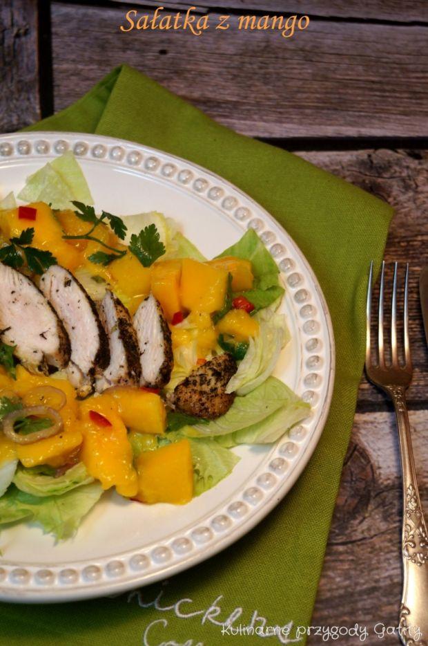 Sałatka z mango i kurczakiem