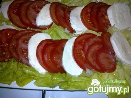 Sałatka z mozzarellą 7