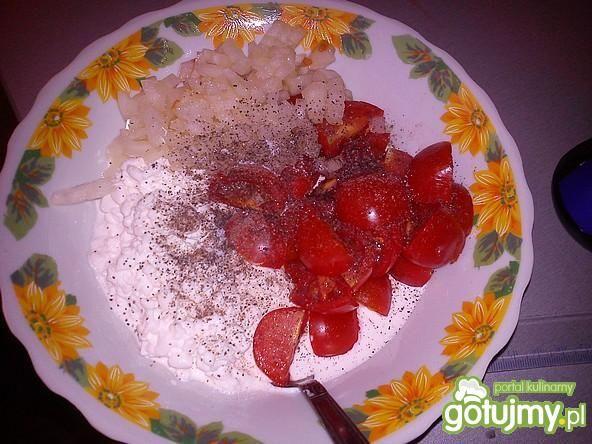 Sałatka z pomidorkami cherry