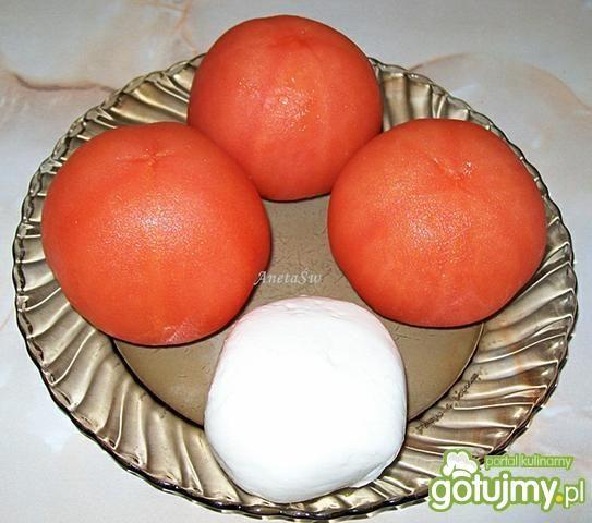 Sałatka z pomidorów i mozzarelli