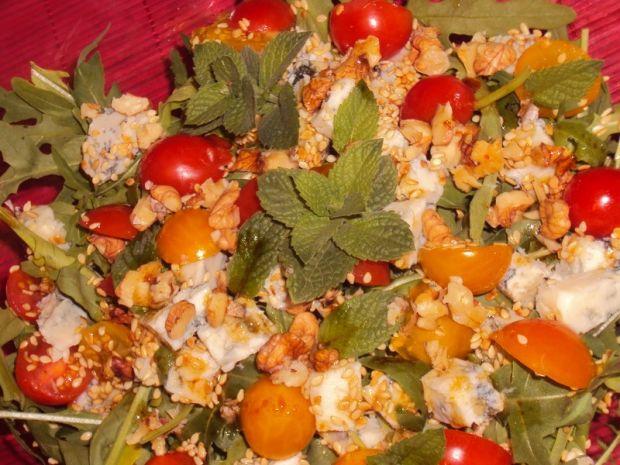 Sałatka z rukolą i gorgonzolą