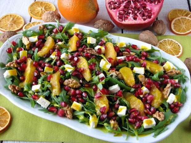 Przepis Salatka Z Rukoli Z Pomarancza I Granatem Przepis Gotujmy Pl