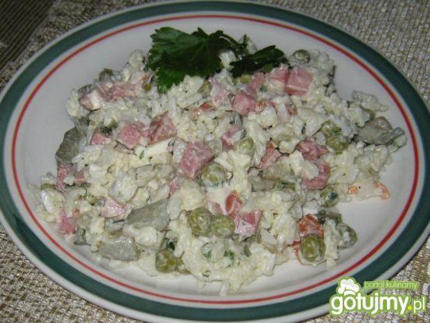 Sałatka z ryżem katarzynki