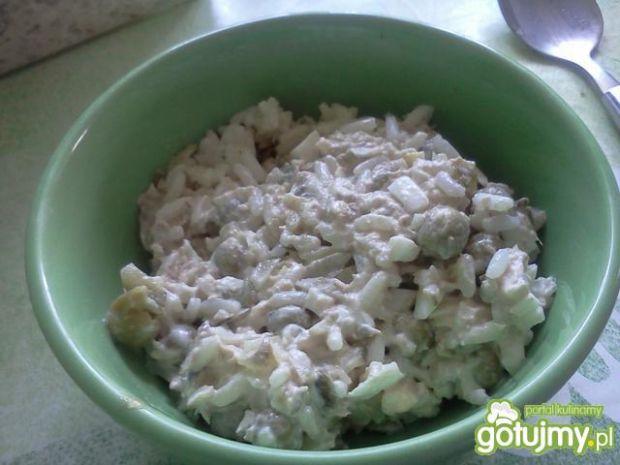 sałatka z ryżu i tuńczyka(2)