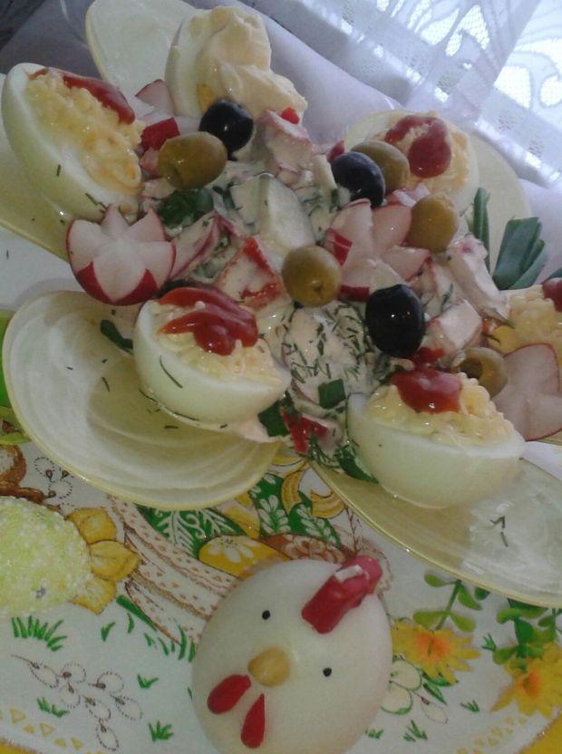 Sałatka z rzodkiewką i jajkami