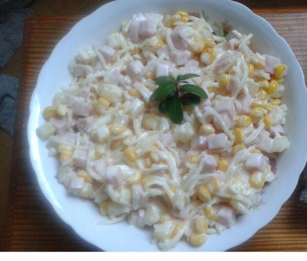 Salatka Z Selera I Ananasa Salatki Gotujmy Pl