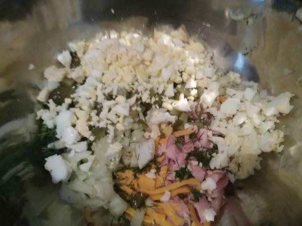 Sałatka z szynką i koprem