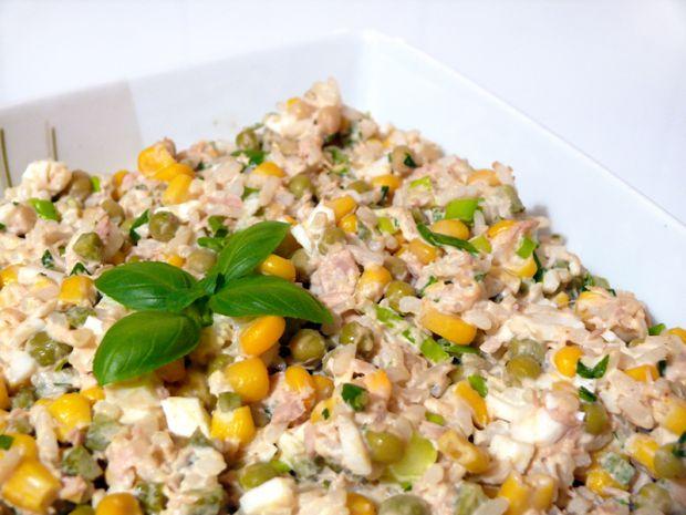 Przepis Salatka Z Tunczyka I Ryzu Przepis Gotujmy Pl