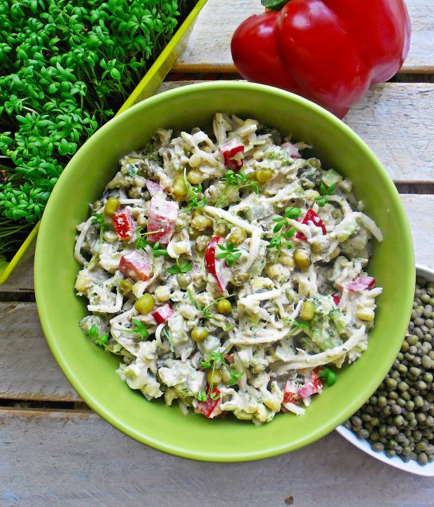 Sałatka z tuńczykiem i fasola mung