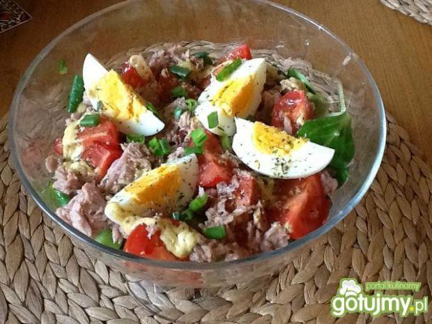 Sałatka z tuńczykiem i roszponką