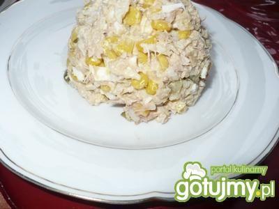 Sałatka z tuńczykiem i ryżem 6