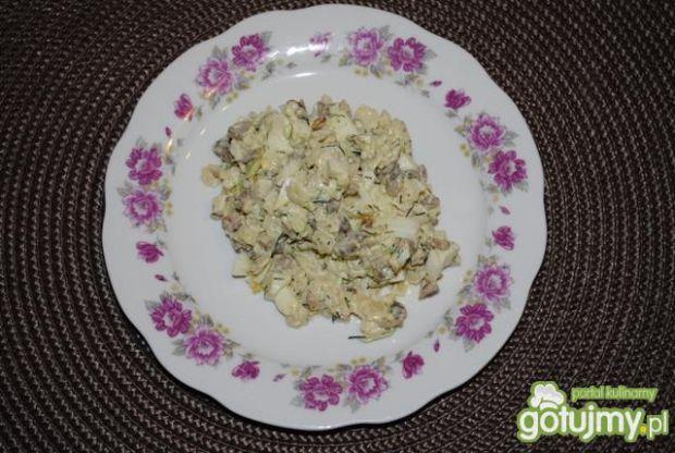 Sałatka z ziarkami słonecznika i jajkiem